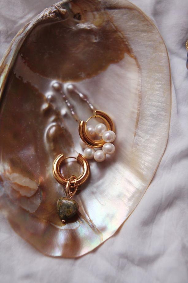 Серьги-кольца трансформеры с Натуральным жемчугом и сердцем из Варисцита
