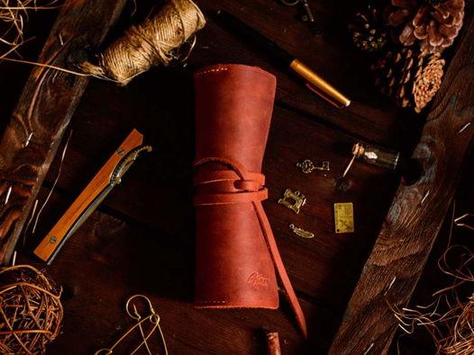 Большой кожаный пенал -BARREL- цвет Cognac