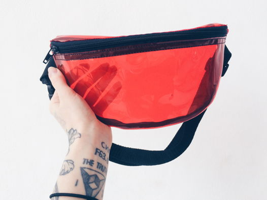 Поясная сумка Красный винил GVOZDEVA