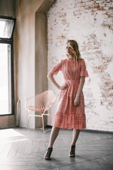 Платье вышитое ажурное