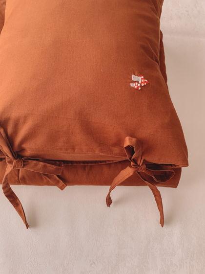 Комплект конверт - одеяло, наволочка с ручной вышивкой