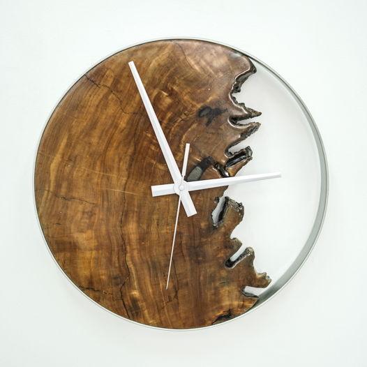 Часы с фрагментом спила вяза, большие