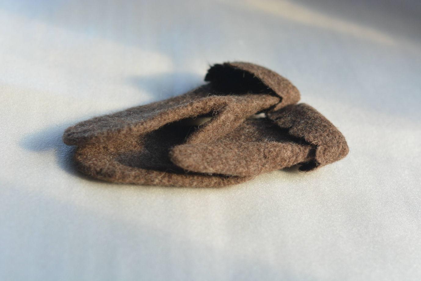 """Варежки """"В гости к мишке"""" из мериносовой шерсти, валяные варежки"""