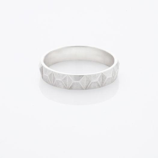 Серебряное кольцо бетонный забор