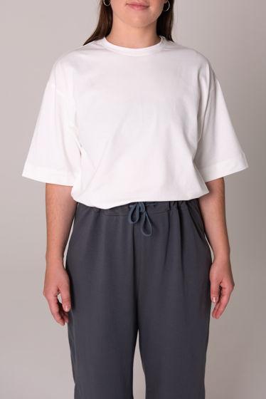 Базовая футболка с удлиненным рукавом