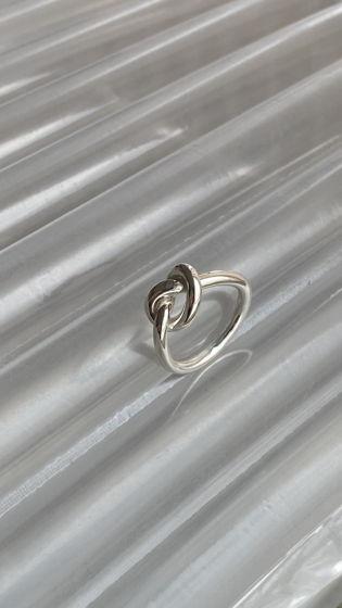 Серебрянные кольцо «Узел»