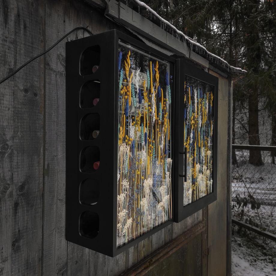 """Шкаф для хранения вина и винных принадлежностей """"Vinishko Kun"""" 68*90 см"""
