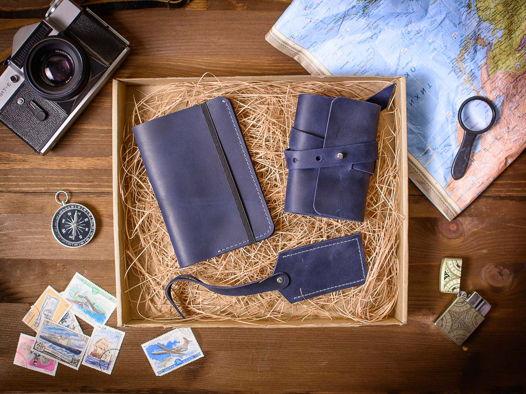 Подарочный набор аксессуаров из кожи -WEEKEND- цвет Синий океан