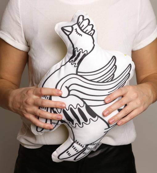 Подушка декоративная Пегас «Чиконя» из коллекции «O! My star! » - подарок на 14 февраля.