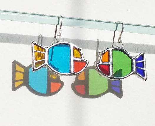 Серьги витражные  цветные Рыбки из стекла