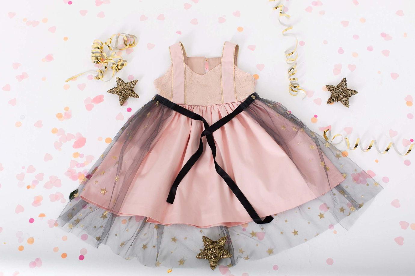 Нарядное платье с фатиновой юбкой