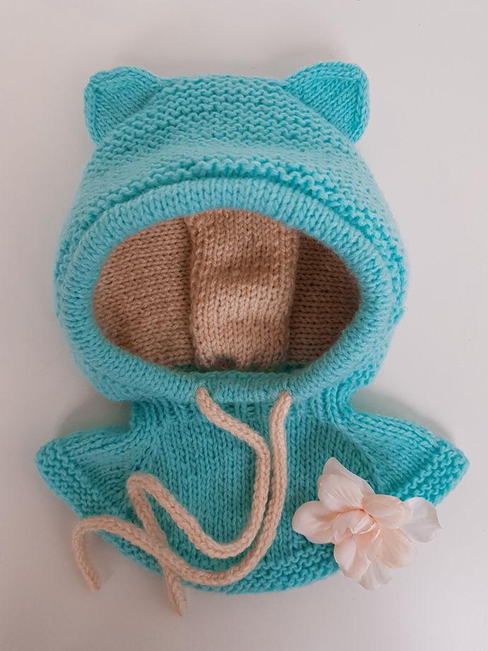 Детская вязаная шапка шлем с ушками с манишкой (под заказ)