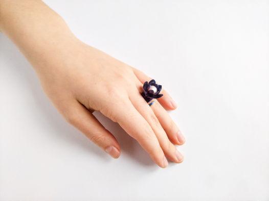 """Перстень """"Фиолет"""" из коллекции """"TitaniumFlower"""""""