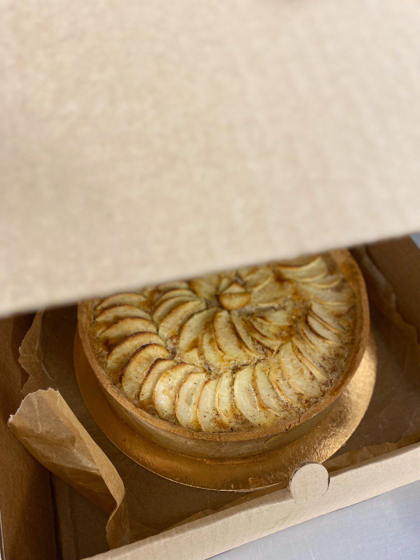 Нормандский яблочный пирог. Бесплатная доставка до 15.04!)