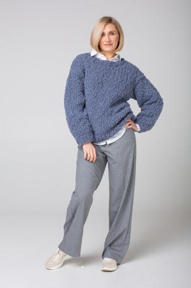 Серый женский свитер ручной вязки из шерсти перуанских альпака и мериноса