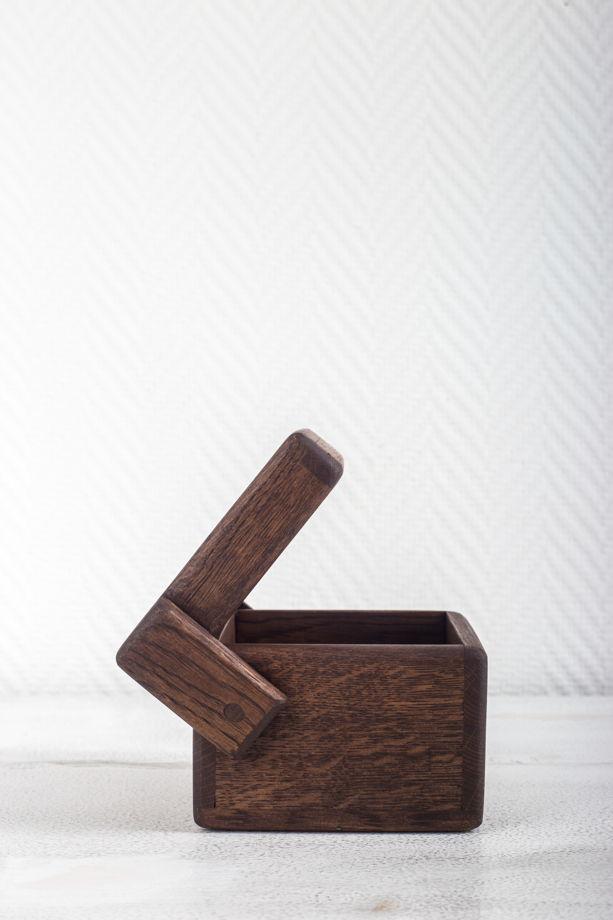 """Большая коробочка для хранения """"Кубик"""" из дуба"""