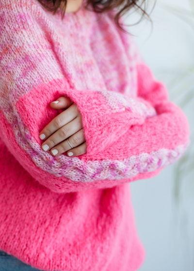 Ярко-розовый джемпер оверсайз из шерсти альпака и мохера