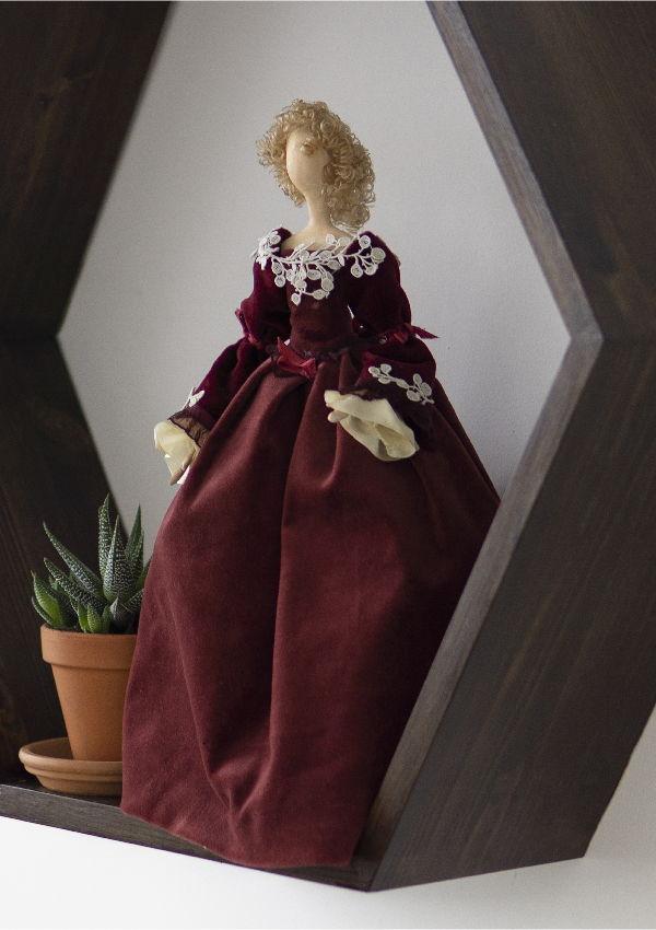 Интерьерная кукла для декора «Эвелина»