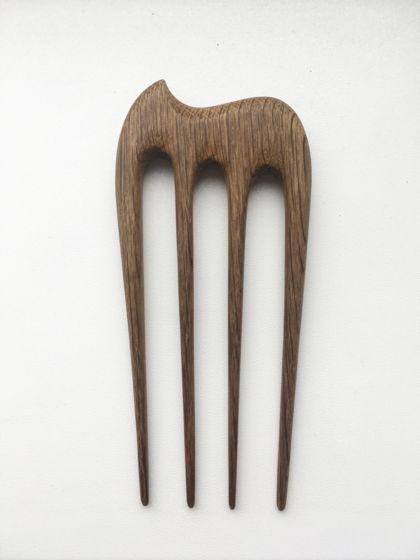 """Деревянная шпилька """"Слоник Сальвадора Дали"""" для волос из мореного дуба"""