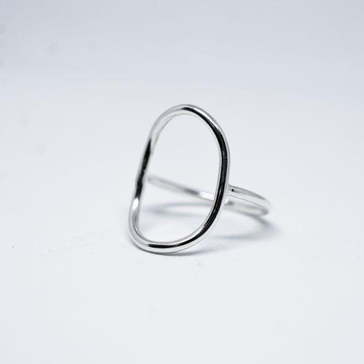 Кольцо овал из серебра