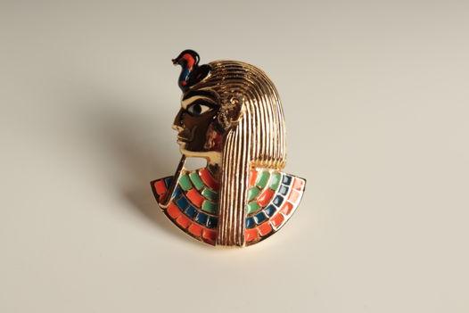 Винтажная брошь Нифертити от английской фабрики Sphinx