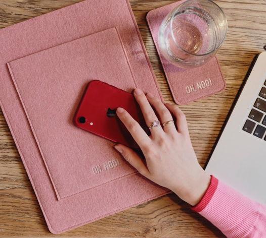 Чехол из фетра для MacBook и ноутбуков, дымчато-розовый, вертикальный