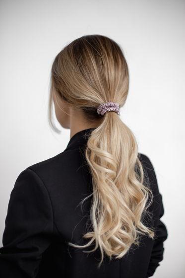 Резинка для волос MINI из натурального шелка пудровая