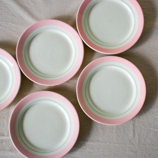 Фарфоровые десертные тарелки. 1970е гг.