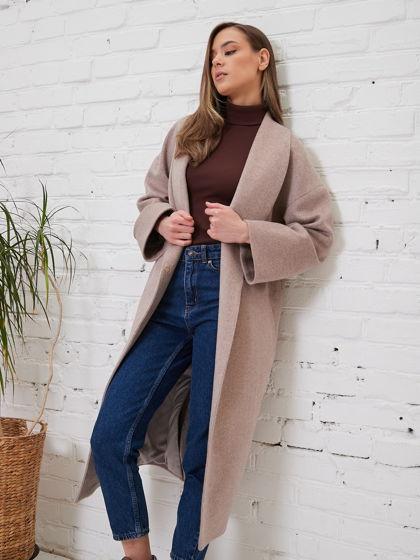 Пальто с воротником шалька