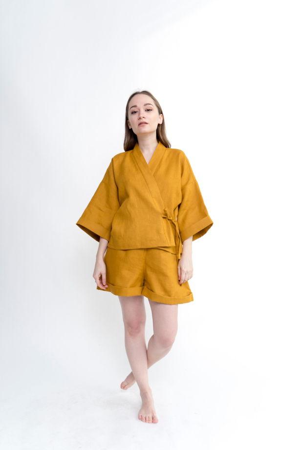 Костюм кимоно+шорты из натурального льна Saomi в горчичном цвете