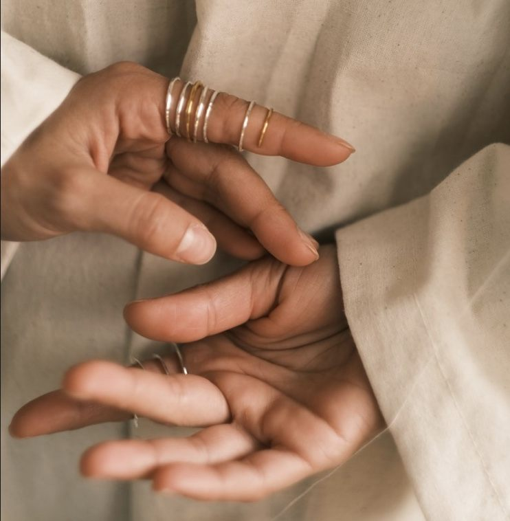 тонкое кольцо - нить Ariadne