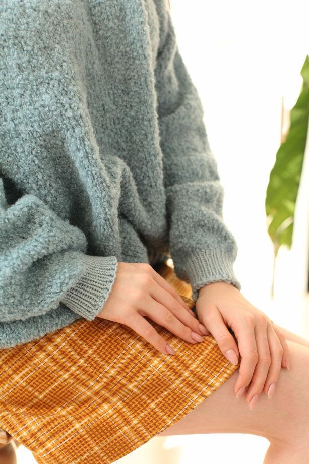 Голубой кудрявый свитер букле из шерсти альпаки и мериноса
