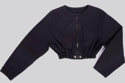 Короткая куртка на резинке