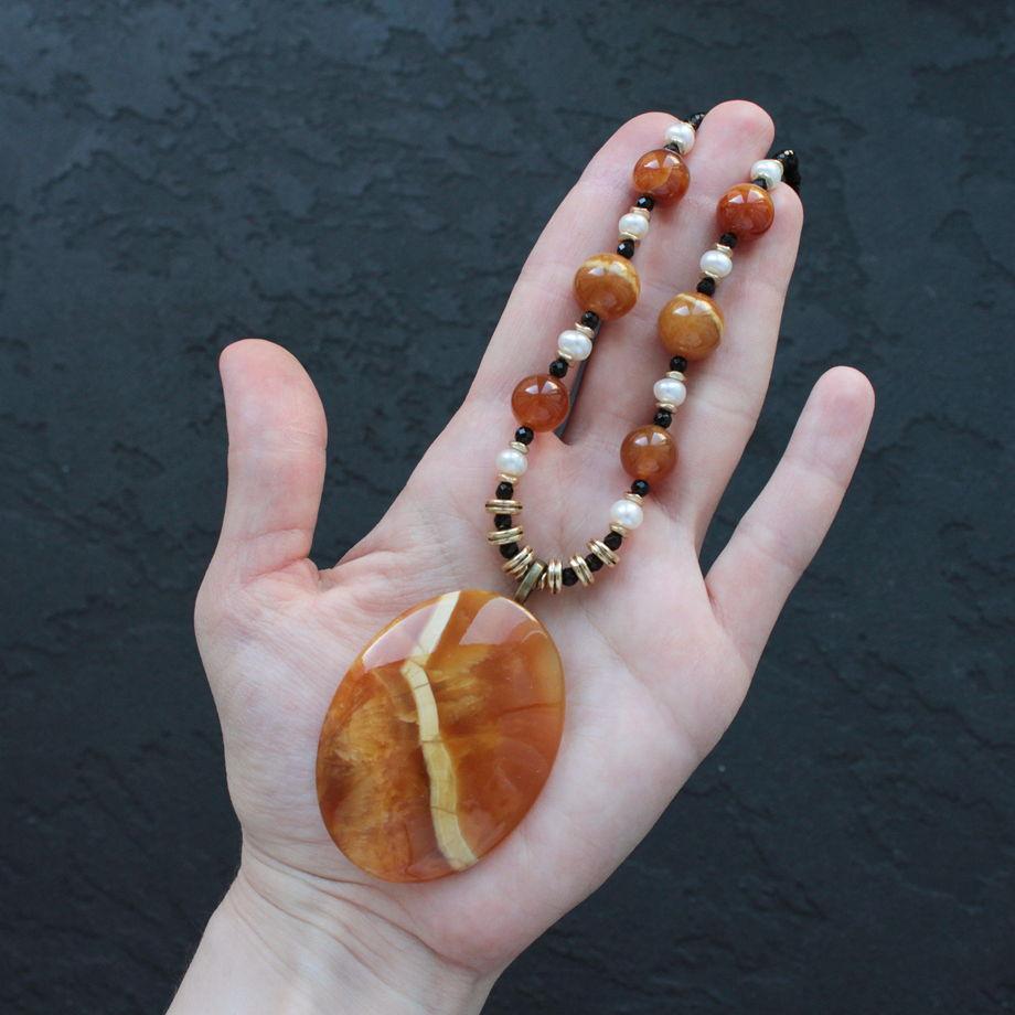 """Колье с симбирцитом """"Оранжевое небо"""""""