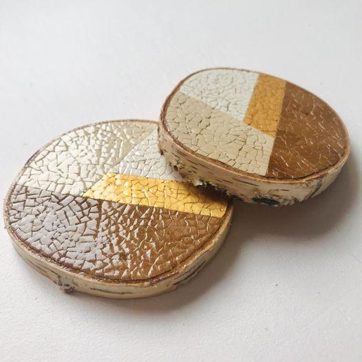 Набор подстаканников «Геометрия» ручной работы на спиле березы, инкрустированной яичной скорлупой