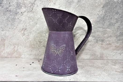 Фиолетовый декоративный кувшинчик