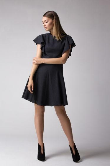 Платье прилегающего силуэта  с рукавами воланами +пояс в комплекте
