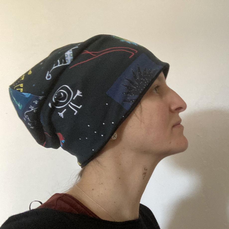 """Хлопковая двусторонняя шапка из трикотажа """"Коллаж Черный"""""""