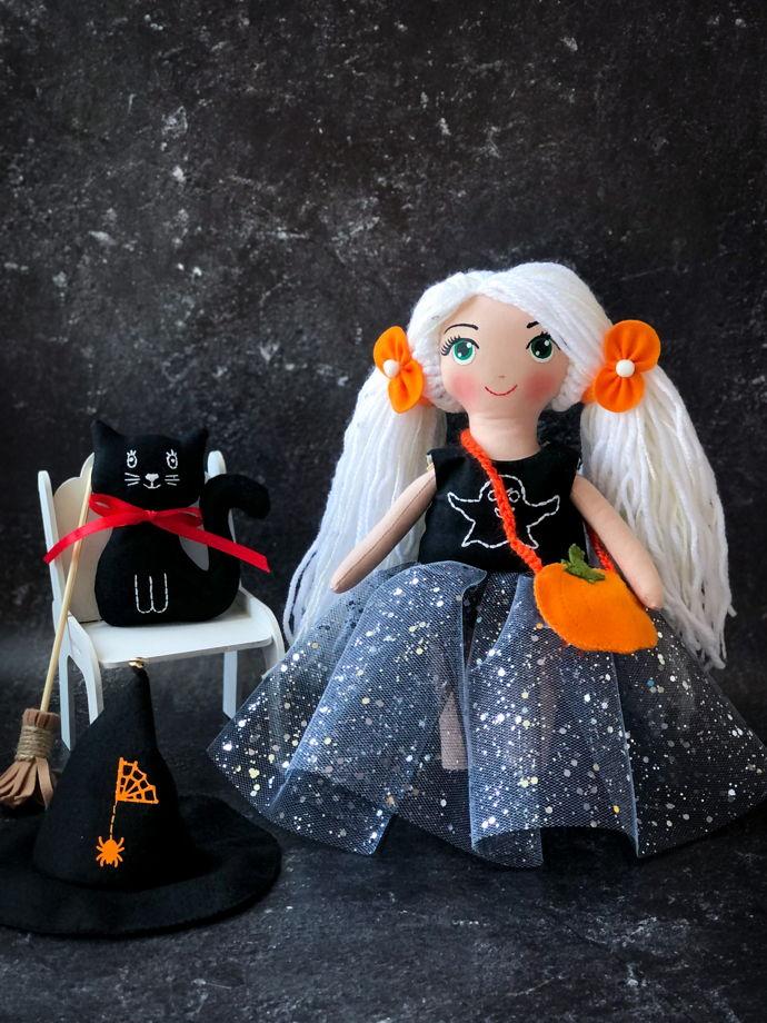 "Текстильная кукла ""Ведьмочка""  на Хэллоуин"