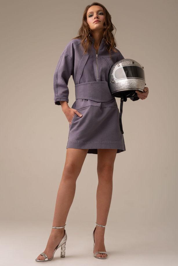 Платье из джинсы лавандового цвета