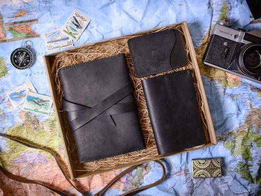 Подарочный набор аксессуаров из кожи -FLAGMAN- цвет Черный уголь