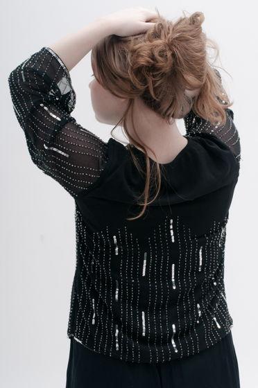 Блузка расшитая пайетками и бисером, полиэстер, размер оверсайз до L