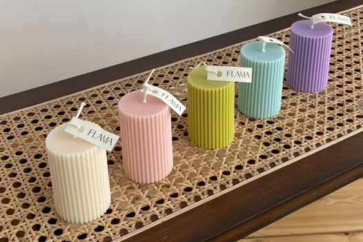 Свеча соевая столовая в форме рифленого столбика для интерьера, подарка и декора дома ручной работы Flama