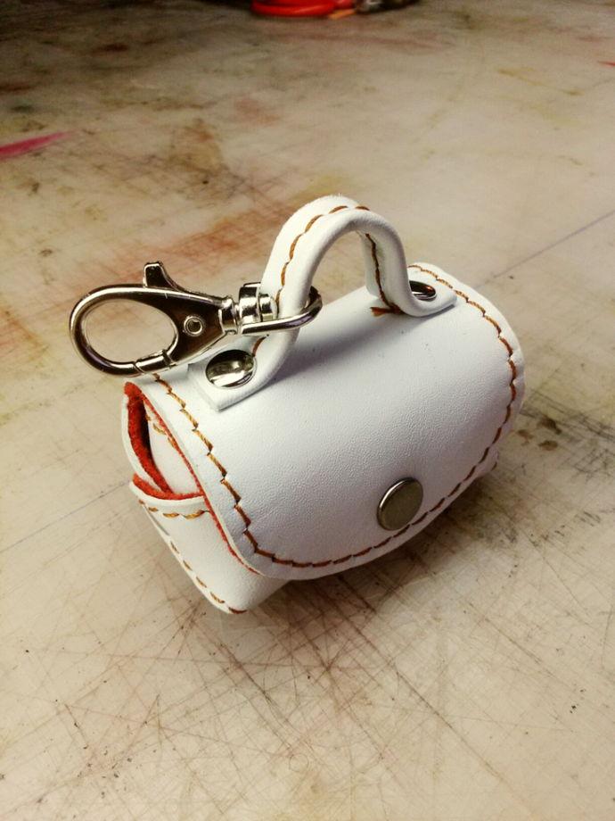 мини сумочка брелок  на карабине
