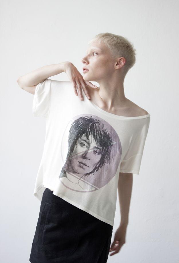 """женская футболка свободного кроя с принтом """"ЗЕМФИРА"""""""