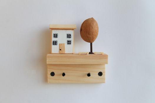 ключница с 1 домиком