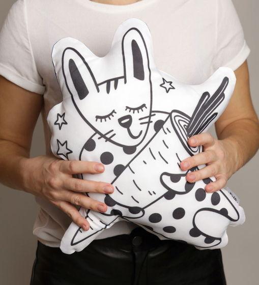 Подушка декоративная Заяц «Марконя» из коллекции «O! My star!» - подарок на 14 февраля.