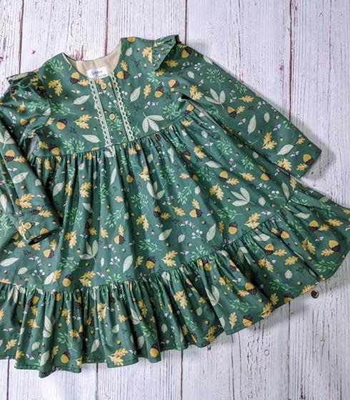 Платье для девочки свободного кроя