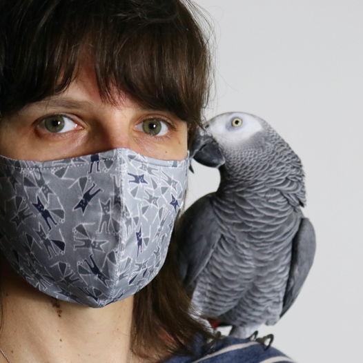 """Защитная многоразовая маска для лица с авторским дизайном """"Серые коты"""". Хлопок 100%."""