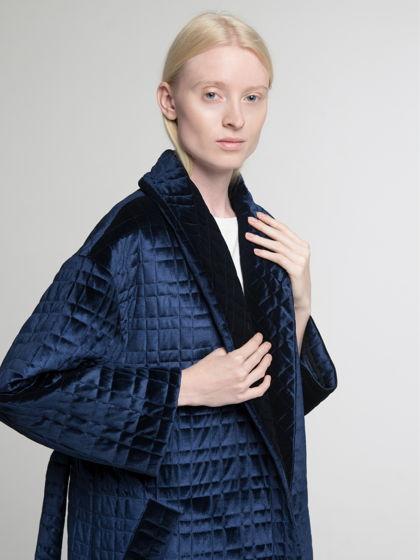 Пальто-халат из стёганного бархата